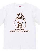 Mr. bear loose character t-shirt