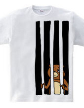 檻の中にクマ