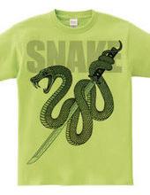 日本刀と蛇