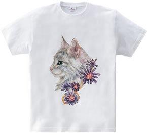 猫の横顔と黒い花
