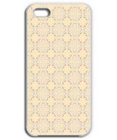 Arabesque Iphone case(BEIGE)