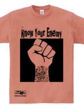 タトゥー 拳を突き上げる メッセージ know your enemy 半袖 Tシ
