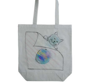 猫と水風船
