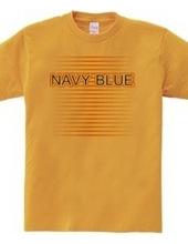 ネイビーブルーのTシャツ