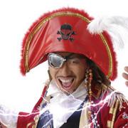 歌う海賊団ッ!船長